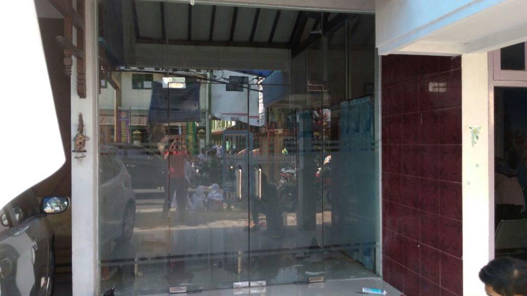Jasa-renovasi-toko-kaca-aluminium-murah-jogja-yogya-sleman-muntilan (26)