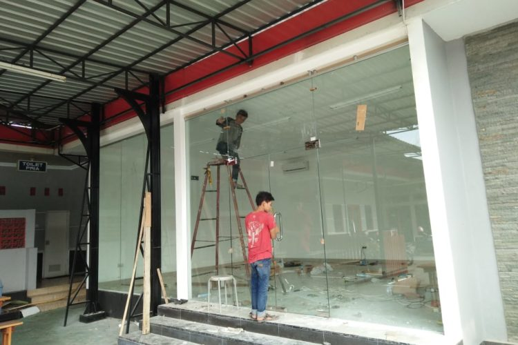 Toko Kaca Yogyakarta 0821-3628-8788