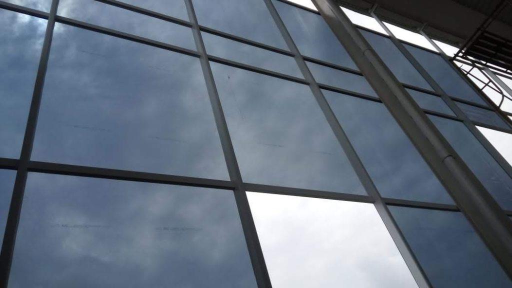 toko-tukang-Bikin-Curtainwall-ACP-Jogja-magelang (1)